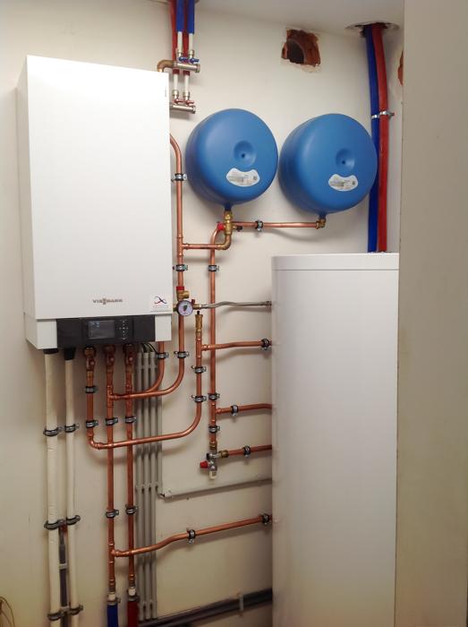 lucht-water warmtepompinstallatie (binnenunit)